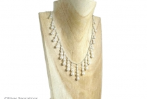 Unique-pearl-wedding-necklace